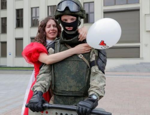 """Revolta populară(!?) din Belarus şi """"băţul"""" lui Vladimir Putin prin gard!(schimbare geopolitică pe flancul estic al NATO care influenţează şi România)"""